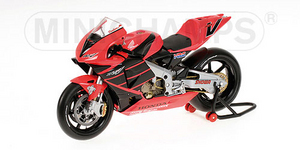 miniature de moto Honda RC200V M Doohan Minichamps Quirao idées cadeaux