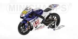 miniature de moto Yamaha YZR-M1 Rossi Minichamps Quirao idées cadeaux