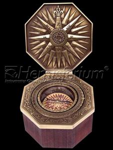 astrolabe, compass, sextant Cardan or Marine Compass Hémisferium