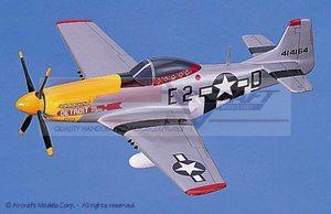 maquette d'avion North American P-51D Mustang Detroit Miss Aircraft Models Quirao idées cadeaux