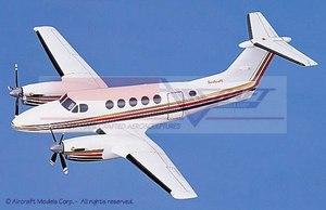 maquette d'avion Beech King Air 200 White  Gold-Red Pinstripe Aircraft Models Quirao idées cadeaux