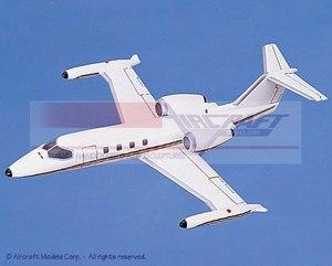 maquette d'avion Gates Learjet 35A White  Red-Blue Pinstripe Aircraft Models Quirao idées cadeaux
