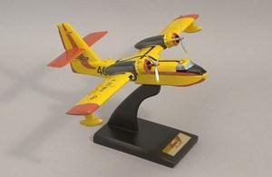 maquette d'avion Canadair CL - 216  Quirao idées cadeaux