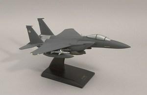 maquette d'avion McDonnell Douglas F-15E Strike Eagle  Quirao idées cadeaux