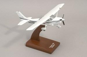 maquette d'avion Cessna C-182 Skylane  Quirao idées cadeaux