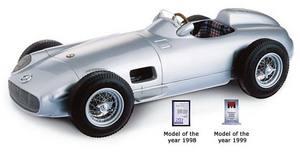 miniature de voiture Mercedes-Benz W 196 F1 1954 (1:18e) CMC Modelcars Quirao idées cadeaux