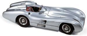 miniature de voiture Mercedes-Benz W 196R profilée 1954 55 (1:18e) CMC Modelcars Quirao idées cadeaux