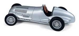 miniature de voiture Mercedes W 125 1937 1938 (1:18e) CMC Modelcars Quirao idées cadeaux