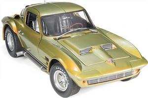 miniature de voiture Corvette coupé Suzuka 1963 (Exoto 00035) Exoto Quirao idées cadeaux