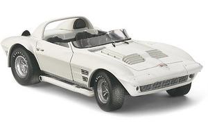 miniature de voiture GS Roadster Corvette Wintersteen 1964 (Exoto 18034) Exoto Quirao idées cadeaux