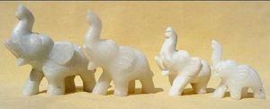 Artisans du bronze de Java Lot de 4 éléphants en marbre