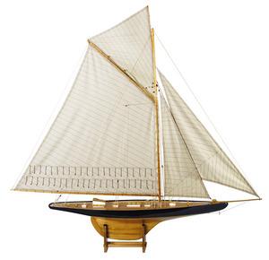 maquette de bateau, voilier, runabout Columbia J noir - 180 cm  Quirao idées cadeaux