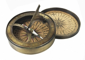 Authentic Models -AM- 18th C. Sundial & Compass