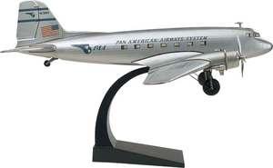 maquette d'avion Douglas DC3 version argent Authentic Models -AM- Quirao idées cadeaux