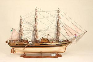 maquette de bateau, voilier, runabout Amerigo Vespucci (grand modèle) Historic Marine Quirao idées cadeaux