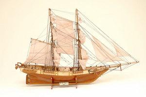 maquette de bateau, voilier, runabout Brick Négrier - 80 cm Historic Marine Quirao idées cadeaux