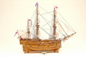 maquette de bateau, voilier, runabout Endeavour (Cook) - 53 cm Historic Marine Quirao idées cadeaux