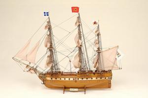 maquette de bateau, voilier, runabout Gloire (La) Historic Marine Quirao idées cadeaux
