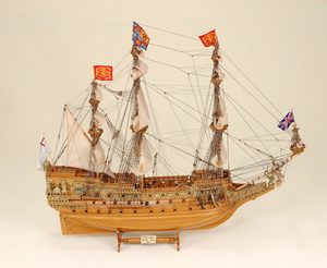 maquette de bateau, voilier, runabout Sovereign - 75 cm Historic Marine Quirao idées cadeaux