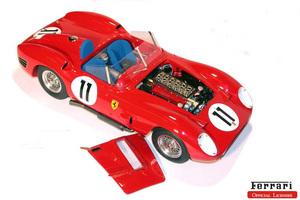 miniature de voiture Ferrari 250 TR Le Mans 60 (1:12e) MG Model Plus Quirao idées cadeaux