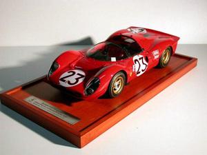 miniature de voiture Ferrari 330 P4 spyder 24h Daytona 67 (KIT au 1/12e) MG Model Plus Quirao idées cadeaux