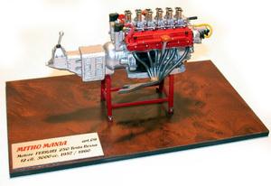 miniature de voiture Moteur V12 60 3 litres de la Ferrari 250 (1957) MG Model Plus Quirao idées cadeaux