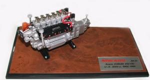 miniature de voiture Moteur V12 60° 3 lt 1962 de la  Ferrari 250 GTO MG Model Plus Quirao idées cadeaux