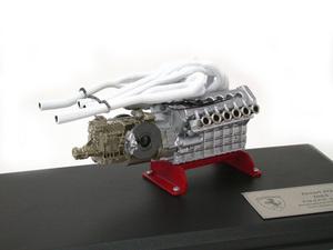 miniature de voiture Moteur V12 60 3 litres de la Ferrari 312 (1968) MG Model Plus Quirao idées cadeaux