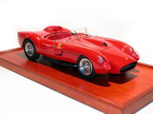 miniature de voiture Ferrari 250 Testa Rossa 1957 Road Car MG Model Plus Quirao idées cadeaux
