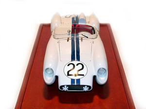 miniature de voiture Ferrari 250 S Le Mans 58 (1:12e blanc) MG Model Plus Quirao idées cadeaux