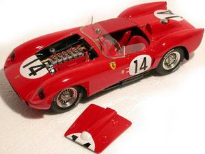 miniature de voiture Ferrari 250 TR Le Mans 58 (1:12e) MG Model Plus Quirao idées cadeaux