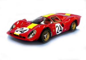miniature de voiture Ferrari 330 P4 coupé Le Mans 67 (1:12e) MG Model Plus Quirao idées cadeaux