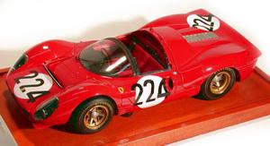 miniature de voiture Ferrari 330 P4 spyder Targa Florio 67 (1:12e) MG Model Plus Quirao idées cadeaux