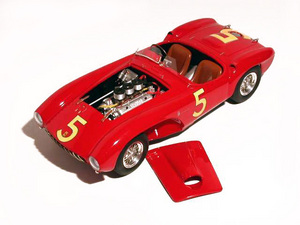 miniature de voiture Ferrari 375 MM Spyder Kimberly (1:12e) MG Model Plus Quirao idées cadeaux