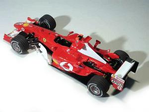 miniature de voiture Ferrari F2004 F.1 GP Australie #2 Barrichello (1:12e) MG Model Plus Quirao idées cadeaux